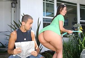 Big Ass Seduction Porn Pictures